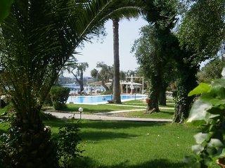 Hotel Elea Beach Außenaufnahme
