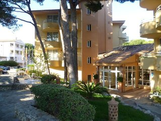 Hotel Prinsotel La Pineda Außenaufnahme