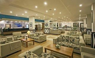 Hotel Titan Garden Lounge/Empfang