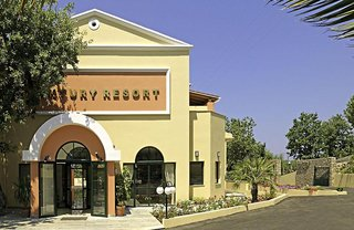 Hotel Century Resort - App. , Studios & Villas Außenaufnahme