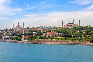 Hotel Doubletree By Hilton Istanbul - Piyalepasa Stadtansicht