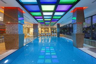 Hotel Luna Blanca Resort & Spa Hallenbad