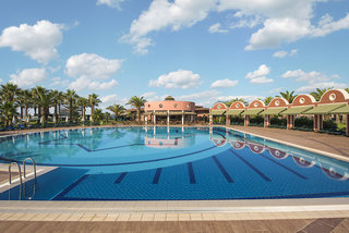 Hotel Club Mega Saray Pool