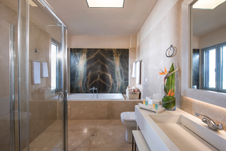 Hotel Blue Bay Resort & Spa Badezimmer