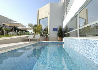 Hotel Angela Suites Boutique Pool