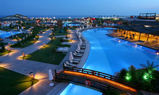 Hotel Limak Lara de Luxe & Resort Pool