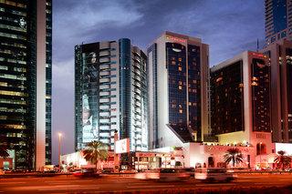 Hotel Crowne Plaza Dubai Außenaufnahme