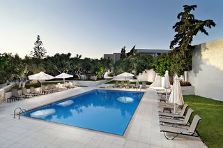 Hotel Ourania Apartments Pool