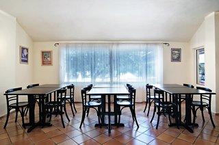 Hotel Ourania Apartments Restaurant