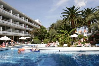 Hotel Arenal Pool