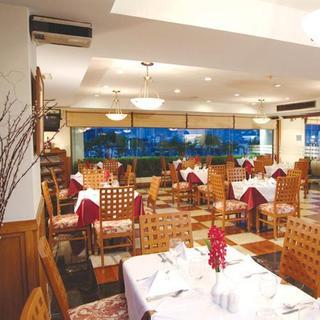 Hotel Centre Point Silom Restaurant