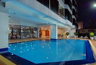 Hotel Tai Pan Pool