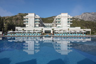 Hotel Dosinia Luxury Resort Außenaufnahme