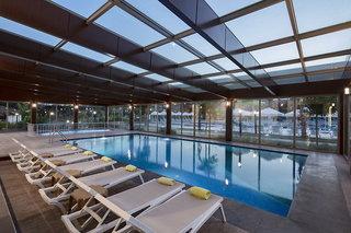 Hotel Dosinia Luxury Resort Hallenbad
