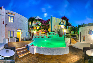 Hotel Korifi Suites & Apartments Art Hotel Außenaufnahme