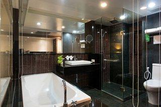 Hotel Furama Silom Badezimmer
