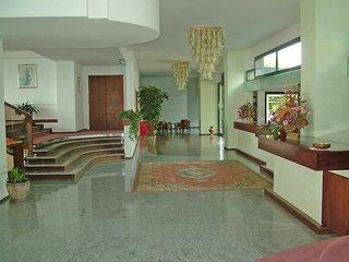 Hotel Capo Est Lounge/Empfang