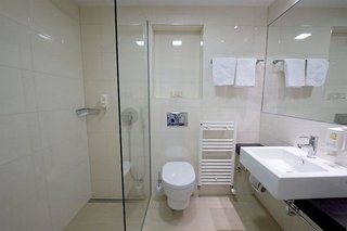Hotel Plava Laguna Resort - Laguna Mediteran Badezimmer