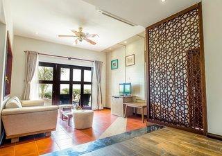 Hotel Centara Sandy Beach Resort Danang Wohnbeispiel