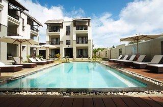 Hotel Grand Baie Suites Pool