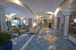 Hotel Sorriso Thermae Resort & Spa Lounge/Empfang