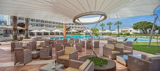 Hotel Neptune Hotels - Resort, Convention Centre & Spa Bar