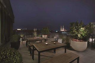 Hotel Adina Apartment Nuremberg Terasse
