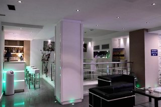 Hotel ibis Styles Palermo CristalLounge/Empfang