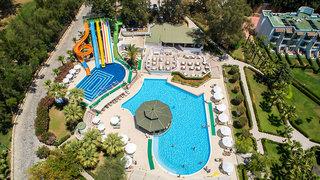 Hotel Crystal Green Bay Resort & Spa Pool