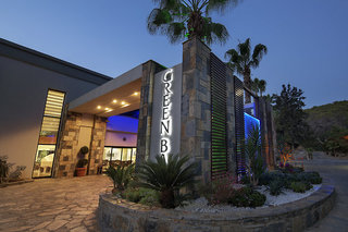 Hotel Crystal Green Bay Resort & Spa Außenaufnahme