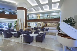 Hotel Crystal Green Bay Resort & Spa Lounge/Empfang
