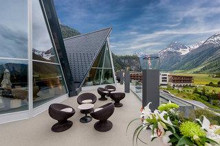 Hotel Aqua Dome - Tirol Therme Längenfeld Terasse