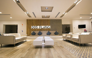Hotel Dos Playas Beach House Hotel & Maya Caribe Beach House Hotel Lounge/Empfang