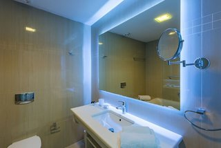 Hotel Alexandra Beach Resort & Spa Badezimmer