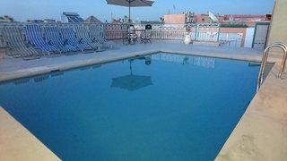 Hotel Riad Les Oliviers Pool