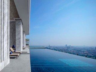 Hotel 137 Pillars Residences Pool