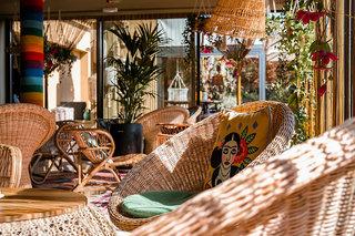 Hotel Bikini Island & Mountain Resort Lounge/Empfang