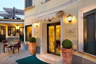 Hotel Alessandrino Außenaufnahme