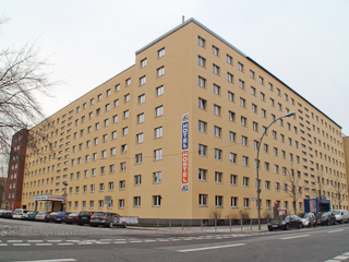 Hotel a&o Berlin Mitte Außenaufnahme