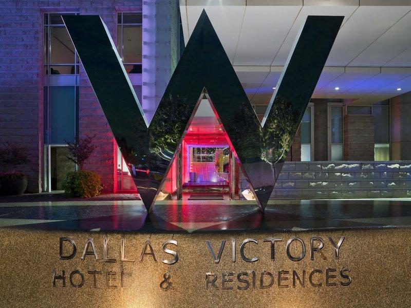 W Dallas Victory Außenaufnahme