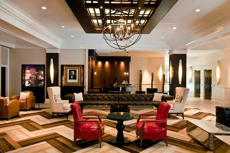 The Sam Houston, Curio Collection by Hilton Lounge/Empfang