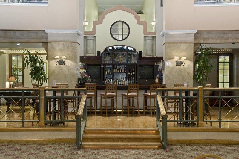 Hilton Houston Galleria Area Bar