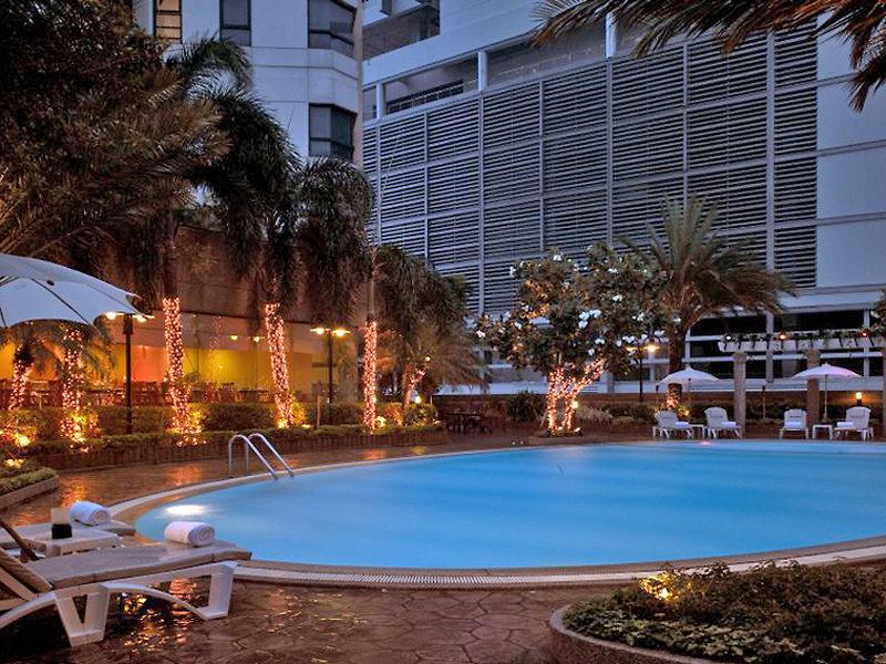 Grand Diamond Suites Hotel Pool