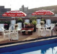 Le Cantlie Suites Pool