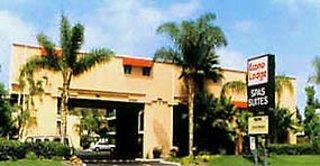Quality Inn & Suites Maingate  Außenaufnahme