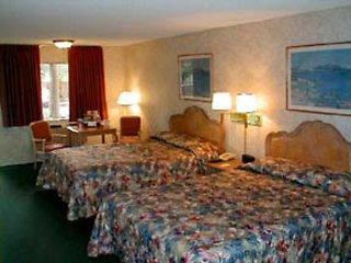 Quality Inn & Suites Maingate  Wohnbeispiel