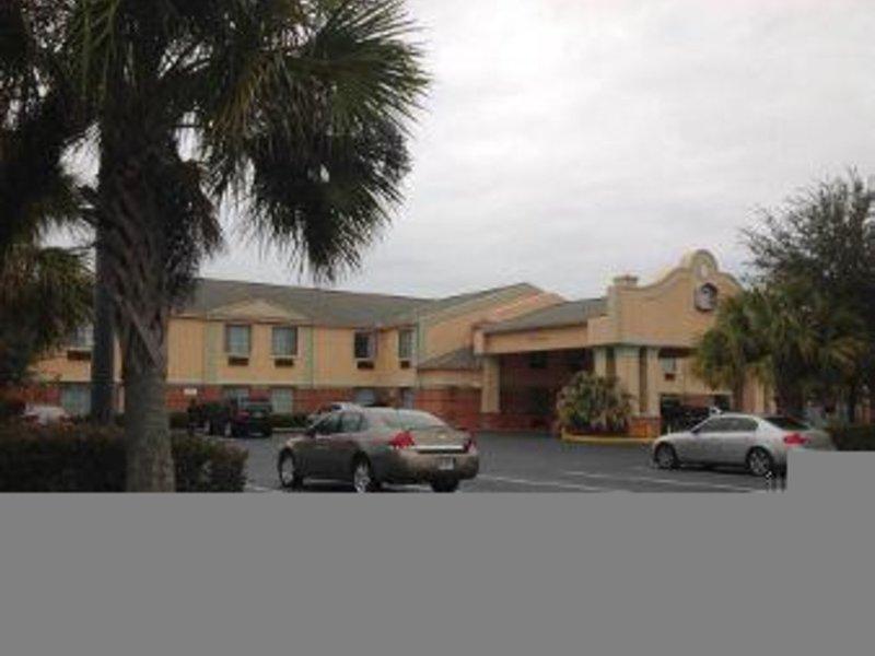 Baymont Inn & Suites Hinesville Fort Stewart Area Außenaufnahme