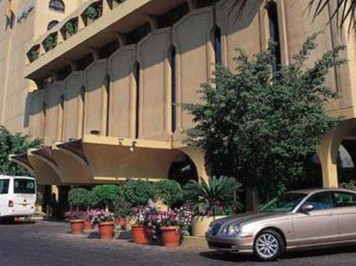 Le Meridien Heliopolis Außenaufnahme
