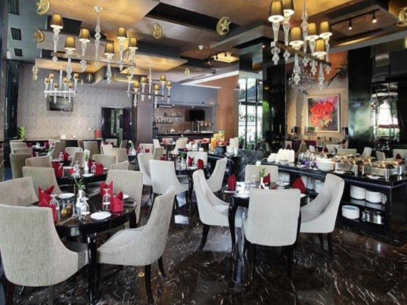 Amaroossa Hotel Bandung Restaurant