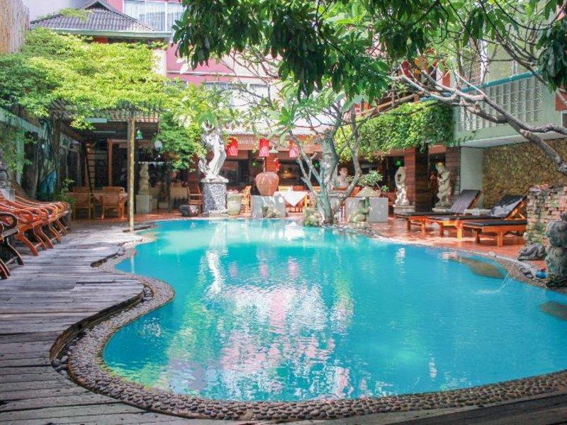 Villa Cha Cha Banglumphu Pool